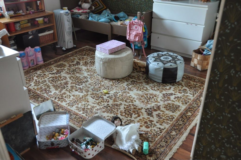 carpet/kids room