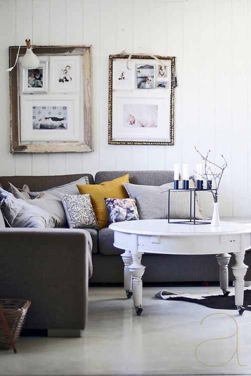 Useful Ideas to Design a Swedish Living Room Home Decor
