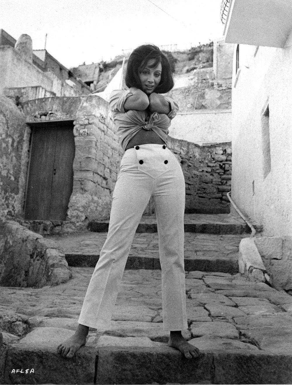 pics Maria Grazia Buccella (born 1940)