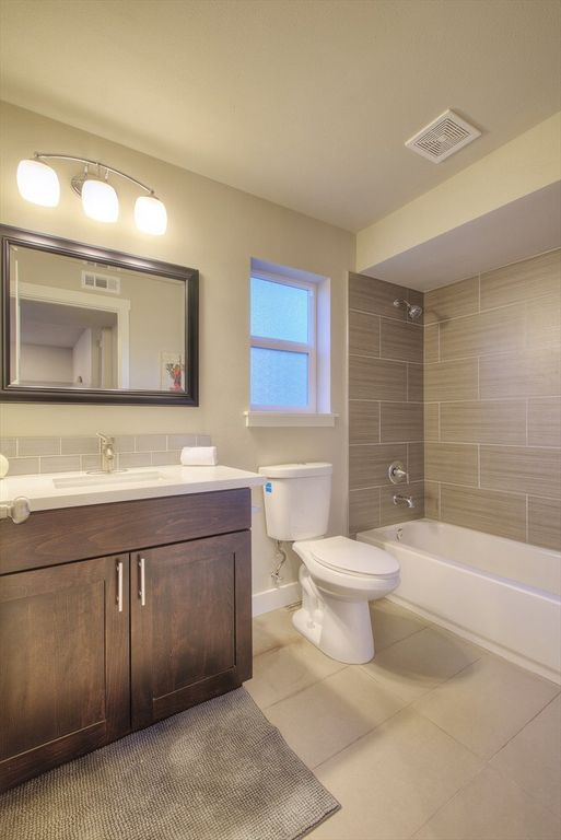 Contemporary Full Bathroom With Porcelain Fusion Bianco Winstead - Bathroom remodel renton wa