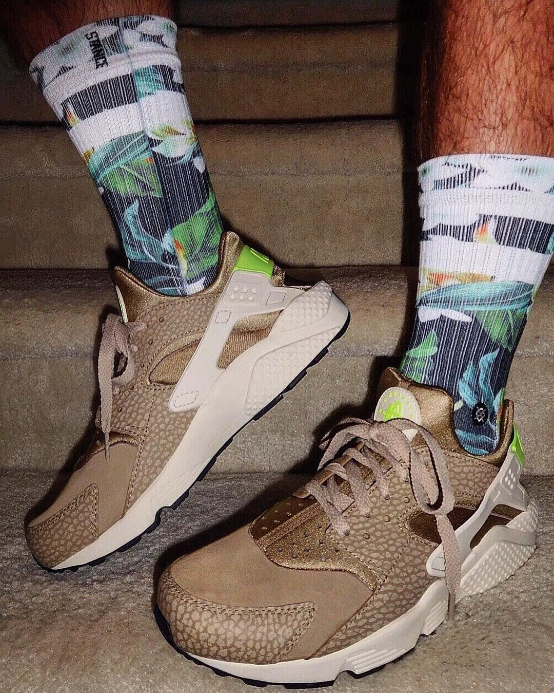 7f2236f5af944 All about sneakers  kiersanii Shoes-  Nike Air Huarache Premium Socks…