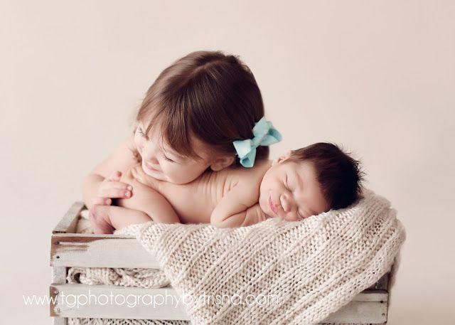TG Newborns Posing Newborn Babies With Siblings