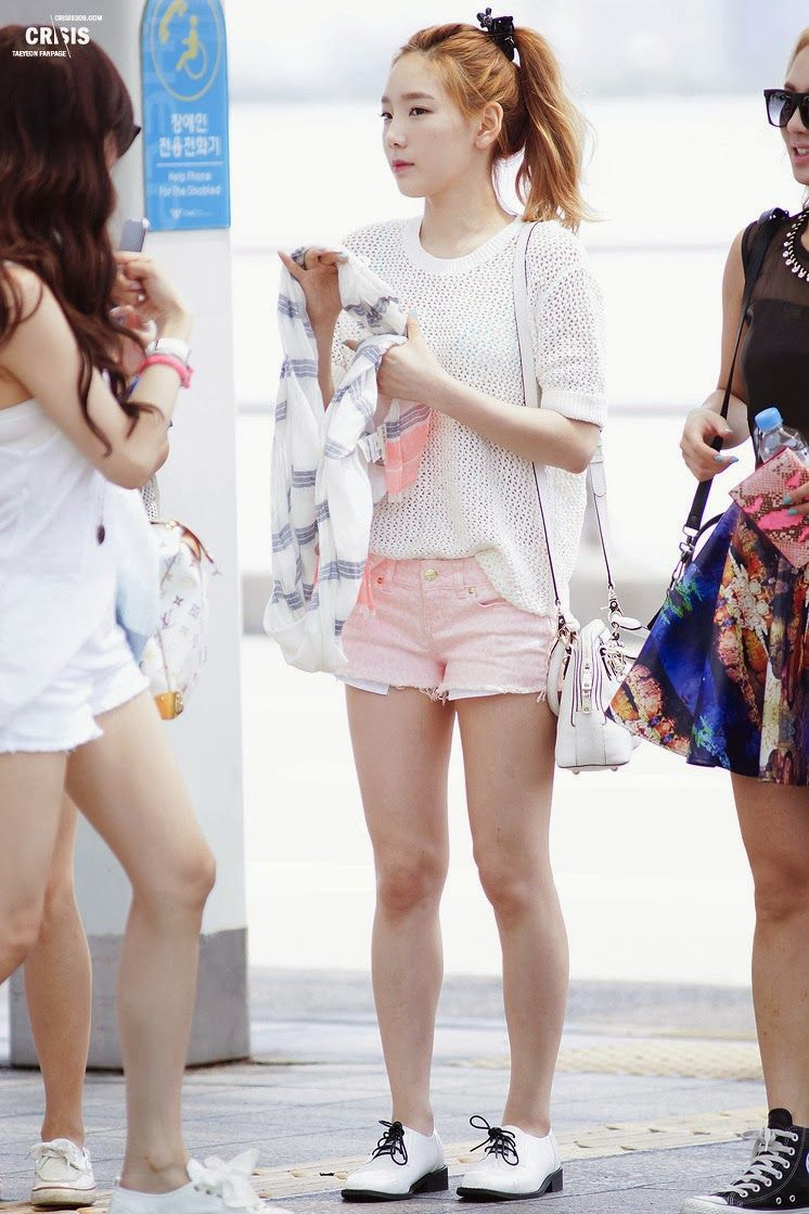 Taeyeon Snsd airport fashion pictures