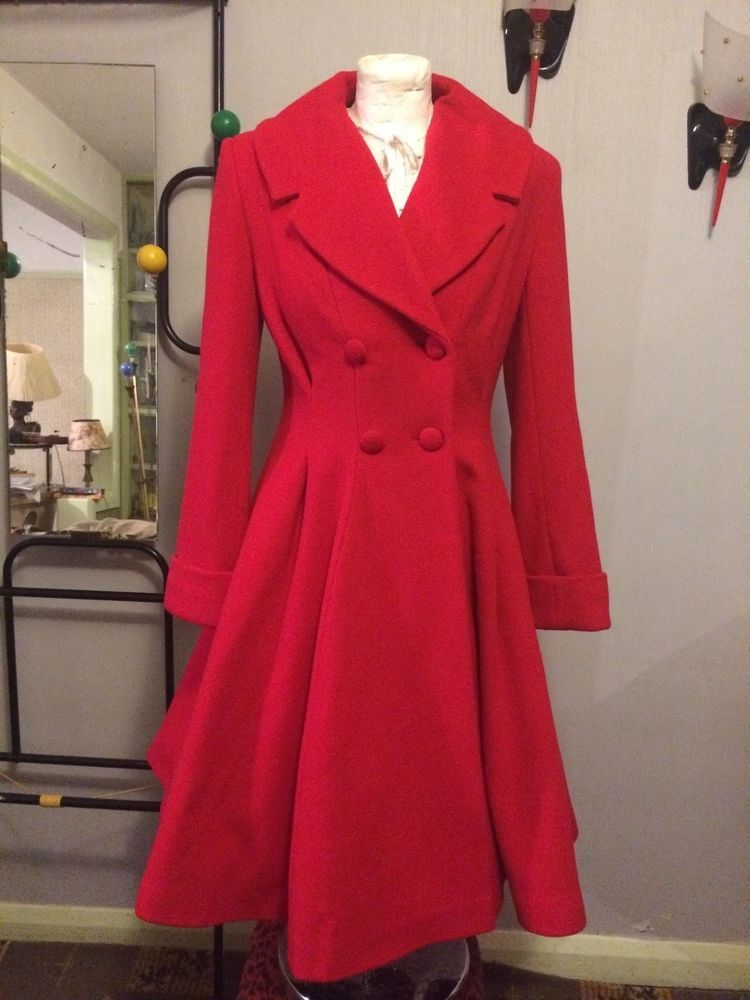35629bebcad Ladies vintage 1940s 50s swing style fit and flare flattering wool Coat in  Red