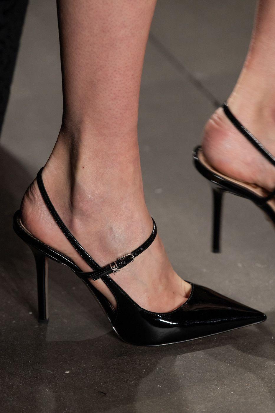 Pamella Roland at New York Fashion Week Fall 2020 -   - #90sRunwayFashion #Fall #Fashion #Pamella #Roland #RunwayFashion2020 #RunwayFashionaesthetic #RunwayFashionchanel #RunwayFashioncrazy #RunwayFashiondior #RunwayFashiondresses #RunwayFashionvogue #RunwayFashionwomen #Week #York