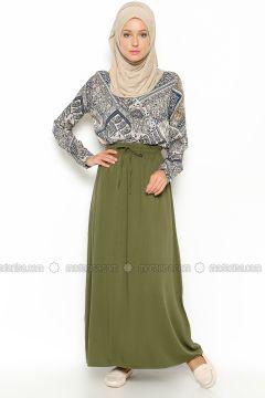 Beha Tesettur Bayan Giyim Modelleri Ve Fiyatlari Beha Tesettur Bayan Giyim Satin Al Giyim Moda Stilleri Maksi Etek