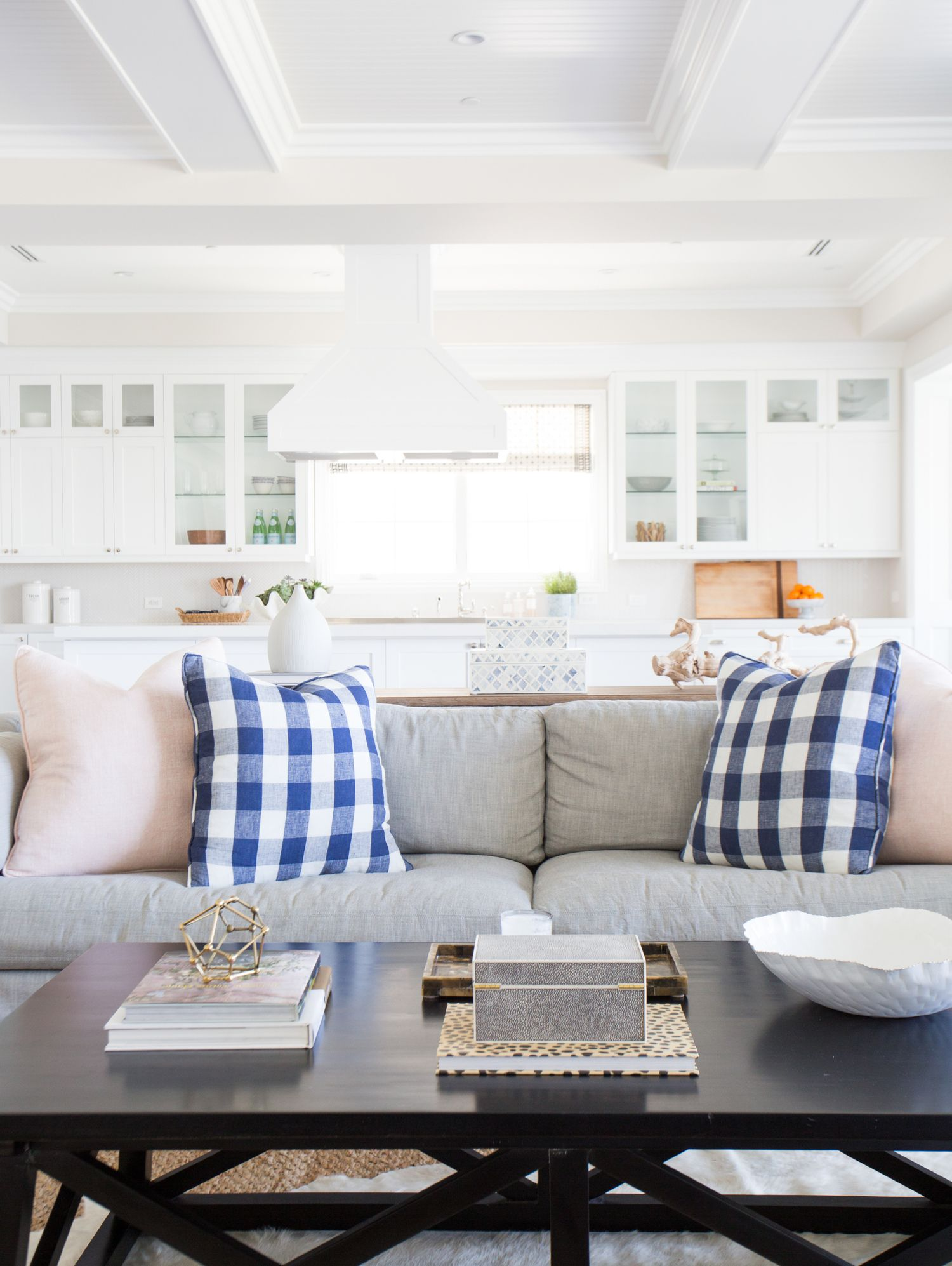 Pacific Palisades Project: Great Room & Kitchen | Studio mcgee ...
