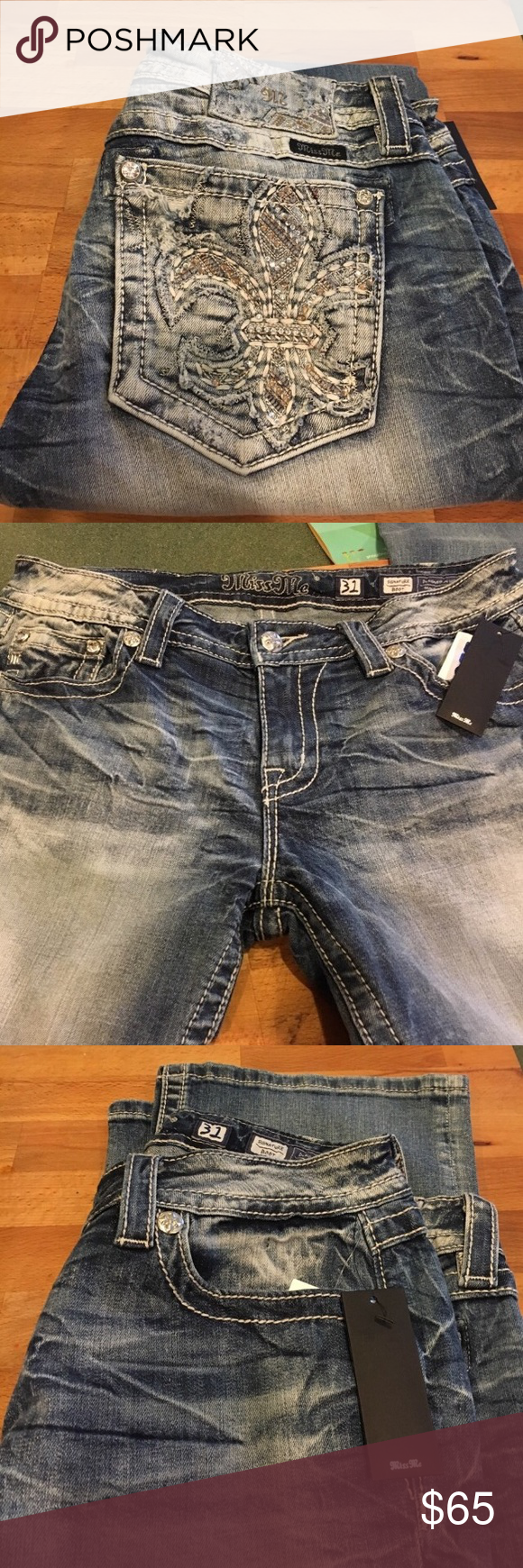 """Miss Me Jeans Size 31 Signature Boot size 31, Inseam 33, Waist 17"""", Rise 9"""" Miss Me Jeans Boot Cut"""