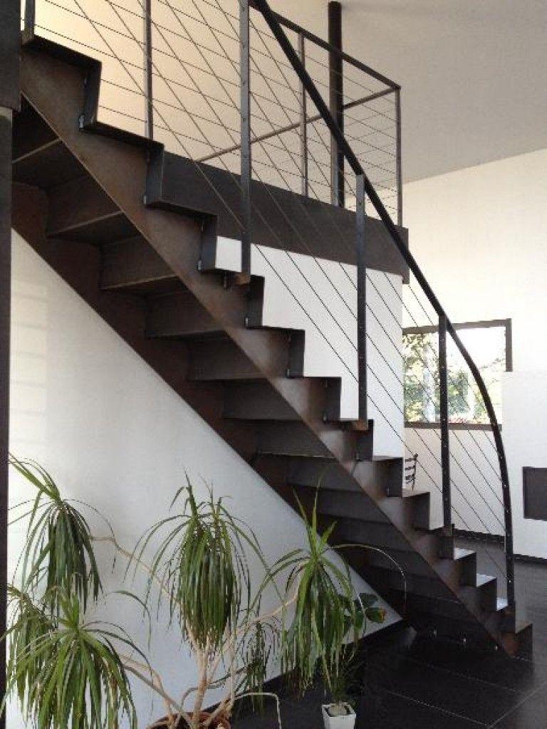 Escaliers En Metal Etude Fabrication Et Installation D Un