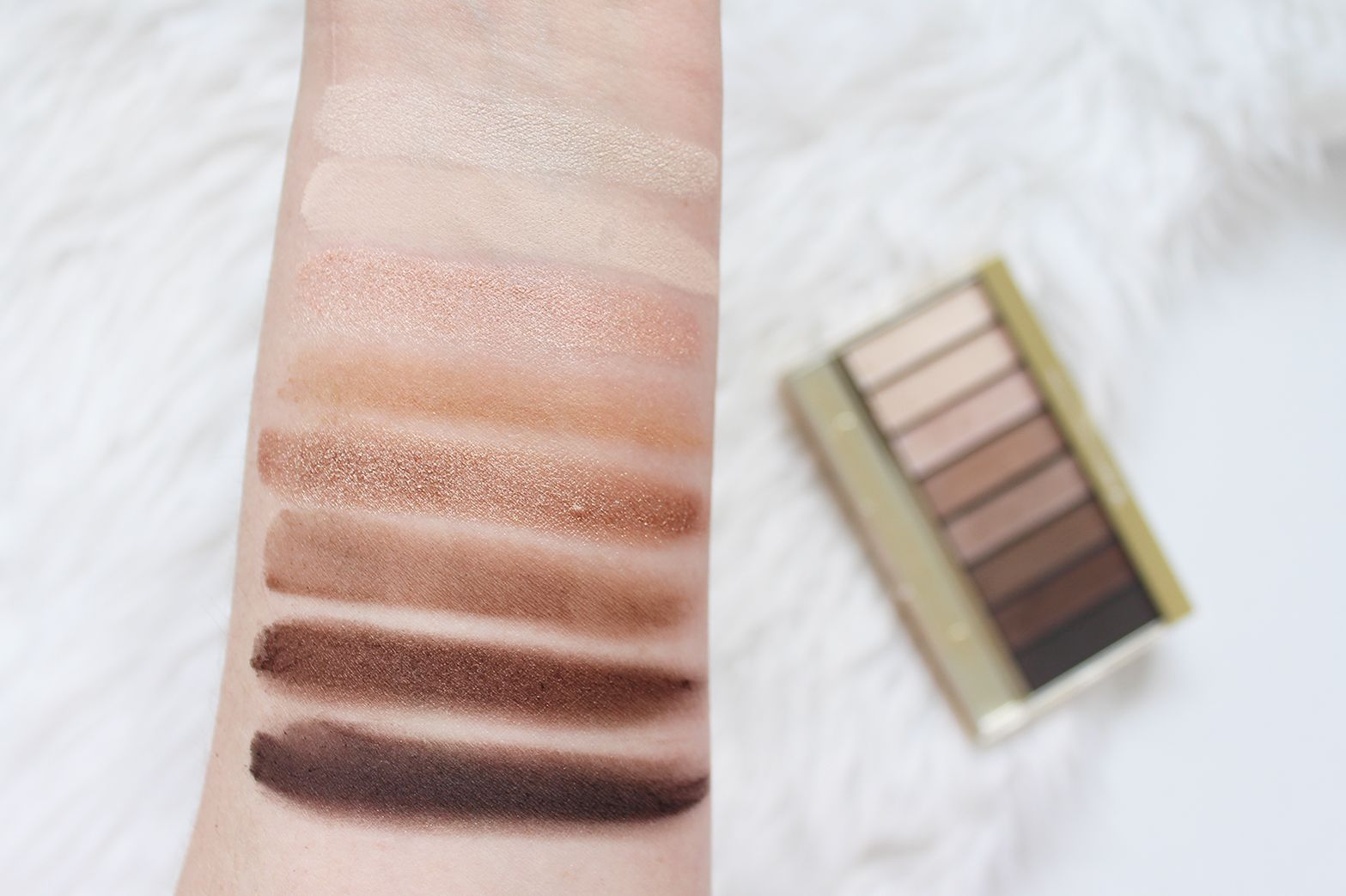 dff7807a6a3 MAX FACTOR | Masterpiece Nudes Contouring Eyeshadow Palette in Cappuccino  Nudes + Voluptuous Mascara - Review + Swatches - CassandraMyee