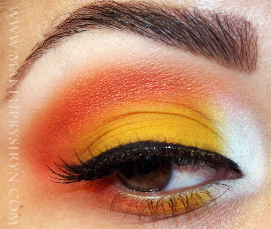 candy corn eyeshadow for halloween how to - Eyeshadow For Halloween