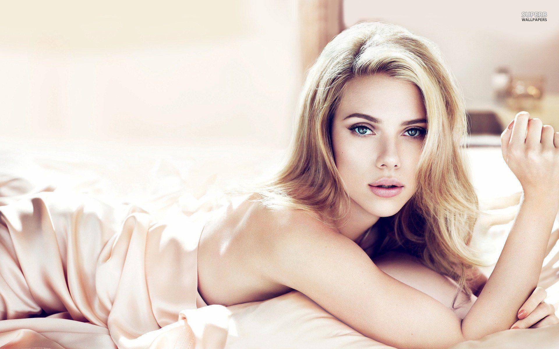 Scarlett Johansson cMangod Photoshoot