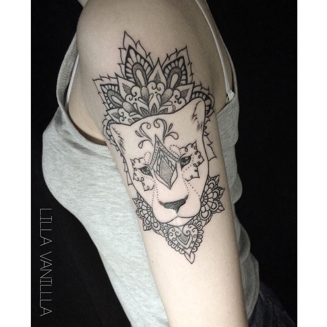 Tatuaggi Per Le Braccia, Tatuaggio Mandala, Tatuaggio Penetrante, Piercing,  Tatuaggio Leonessa,