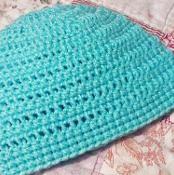 Simple Baby Hat / Beanie - via @Craftsy