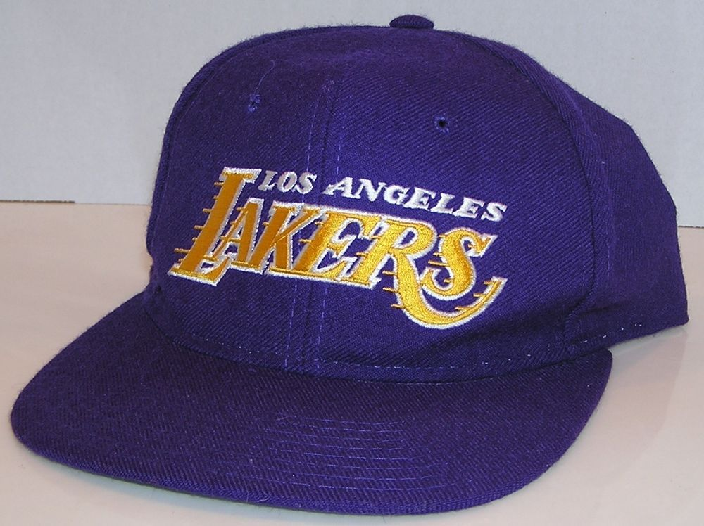 428d618cd7b58 Los Angeles Lakers NBA Basketball Vintage 90 s Starter Wool Script Snapback  Hat  Starter  LosAngelesLakers