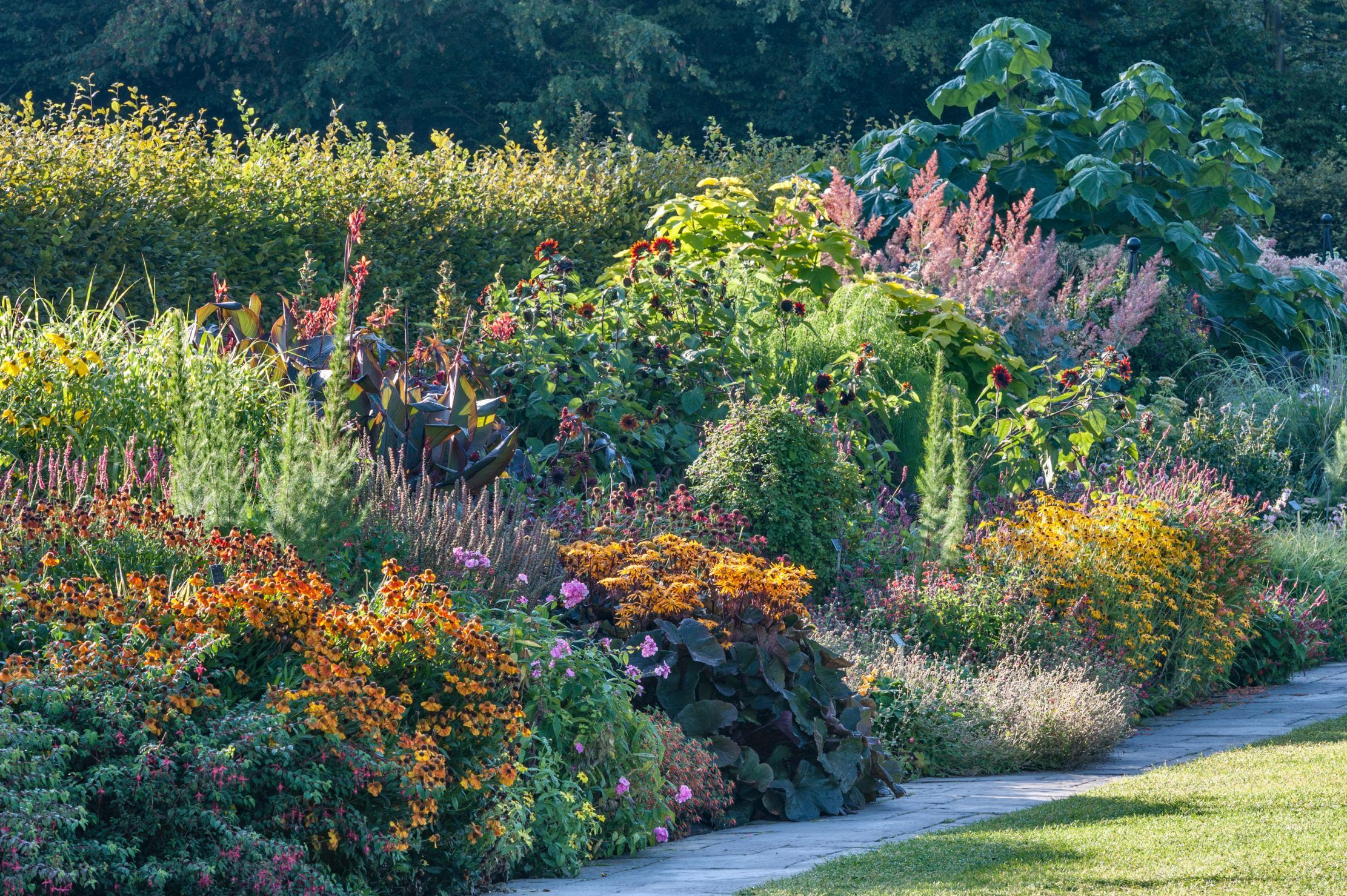 Alan Titchmarsh: The 1950 gardening trick which will bring ...