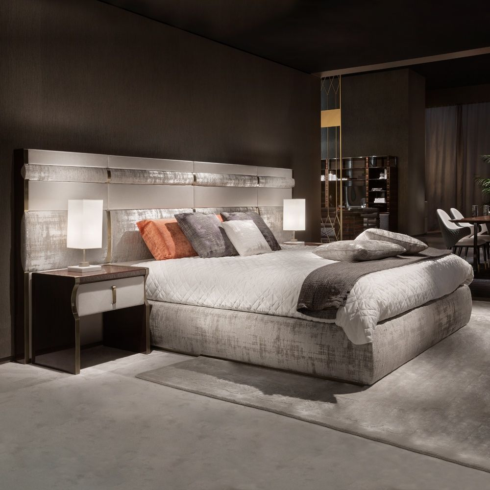 Best Luxury Italian Bed With Large Nubuck Leather Headboard At 640 x 480