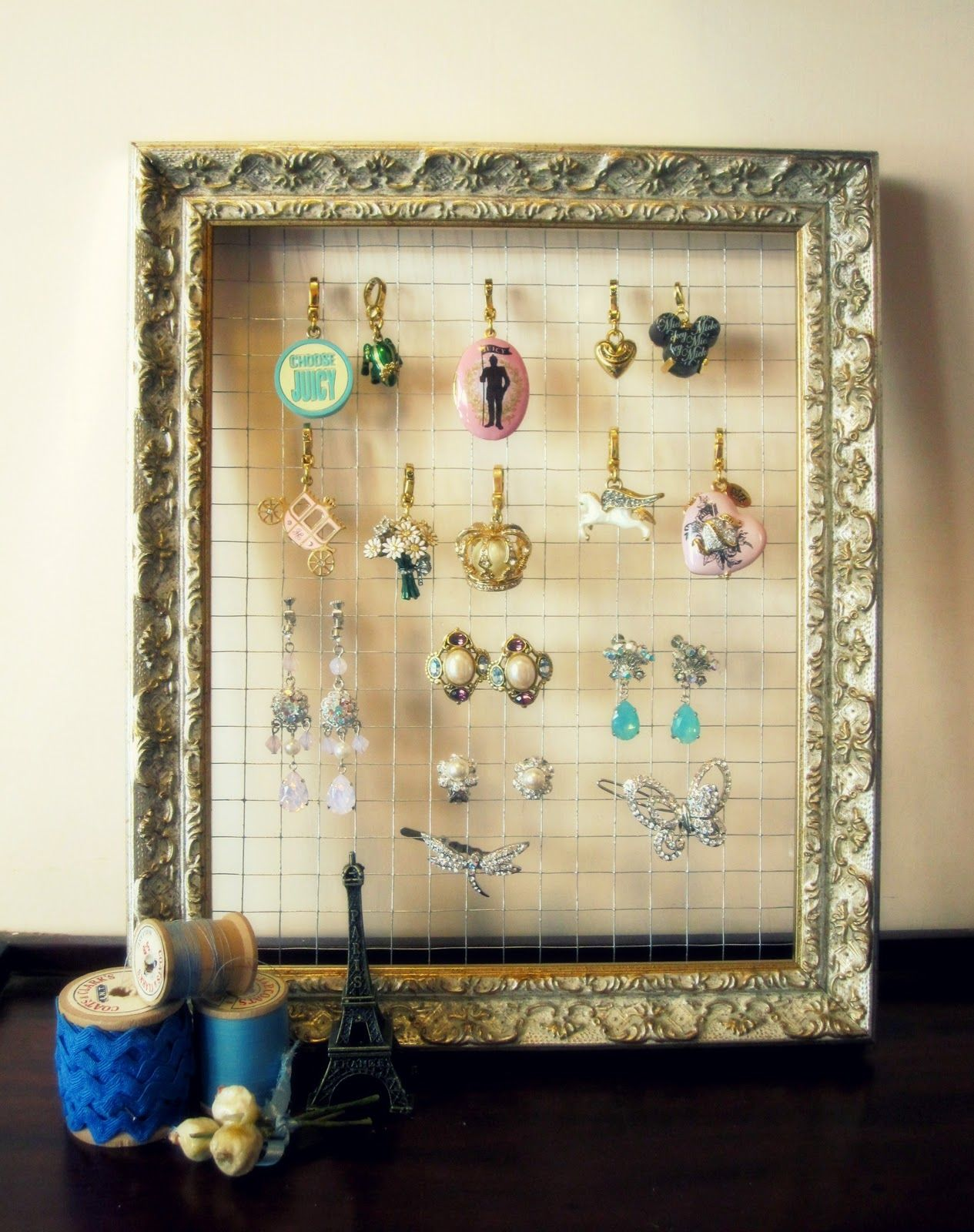 DIY jewelry holder ideas display storage organizer wall frame plates stand easy for necklaces box earrings tree tutorials bracelets necklace ... & 23+ Best DIY Jewelry Holder Ideas to Make Your Jewelry More Tidy ...