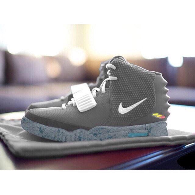 Nike air mag yeezys | Nike mag, Nike