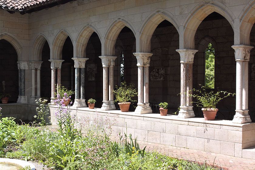 Meval column in the courtyard of The Met Cloisters | Vacation ... on vatican museum map, new york city area map, museums in ny map, new york attractions map, new york museums map,