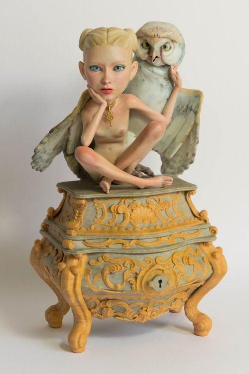 Princess Owl by Eric van Straaten