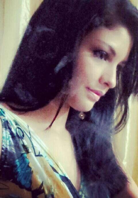 perfil...fashion...vestido flores.