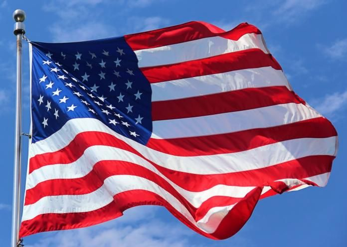 U.S. Flag Code: American Flag Etiquette, Rules, and Guidelines | The Old Farmer's Almanac