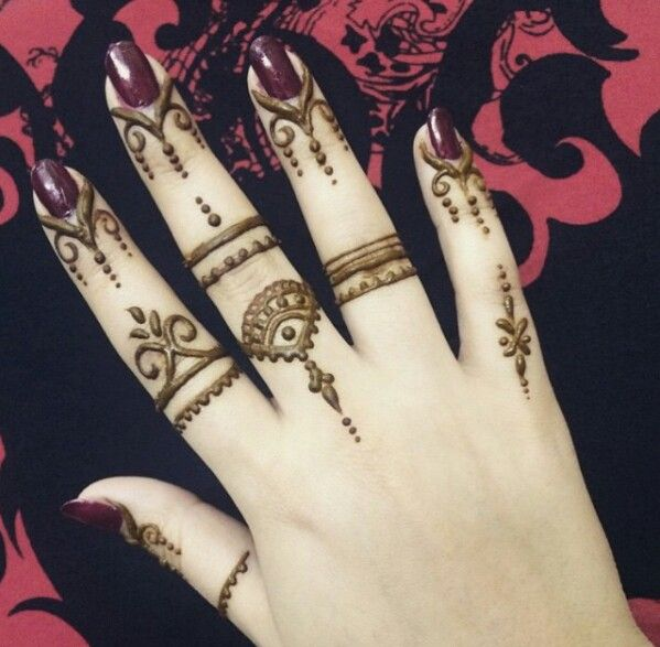 finger simple mehndi design for beginners