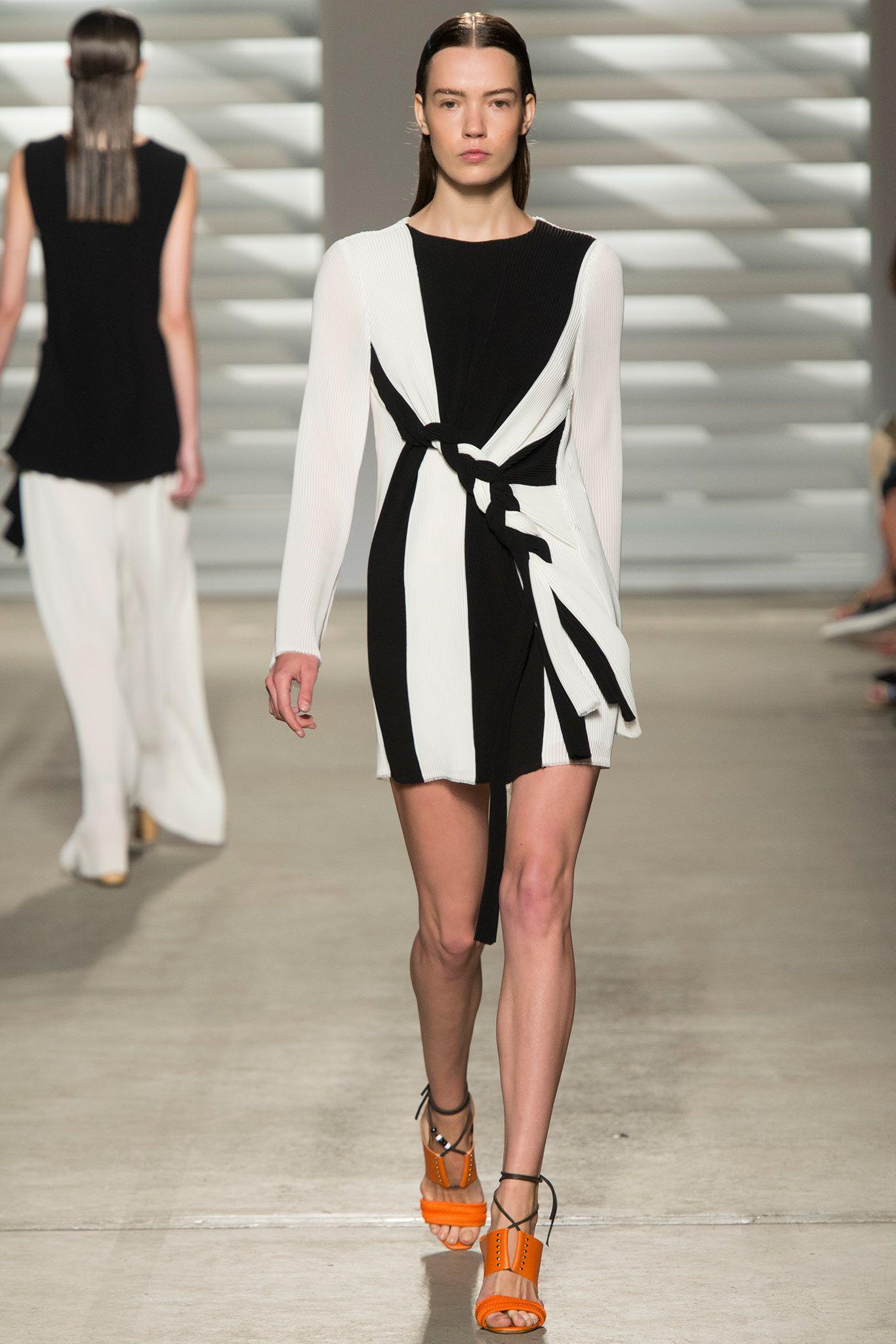 Thakoon SpringSummer 2015 Collection – New York Fashion Week Thakoon SpringSummer 2015 Collection – New York Fashion Week new photo