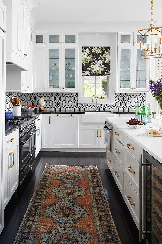 19 Black White Kitchen Backsplash Ideas Make It Contrast Kitchen Design White Kitchen Backsplash Traditional Kitchen Decor Black and white kitchen tile