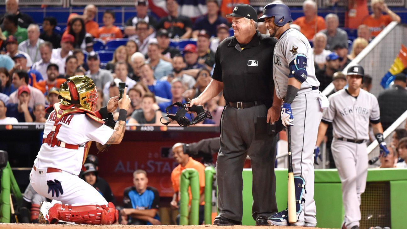 Cruz Gets Molina Snapped Pic With Ump In Asg Mariners Seattle Sports