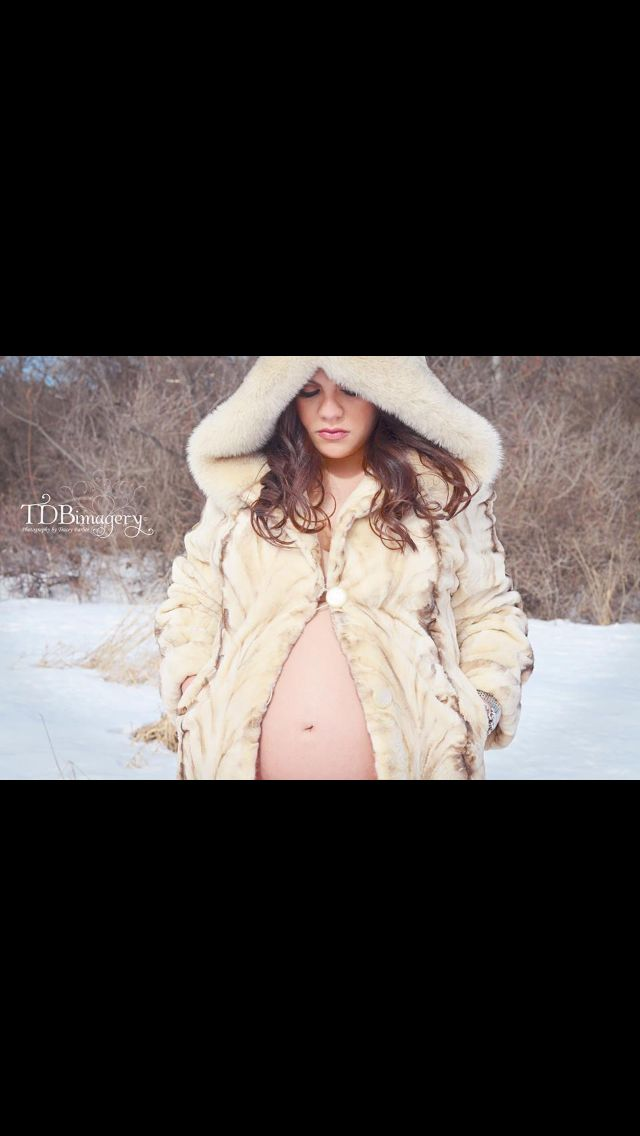 f37befe0a46d6 Outdoor winter maternity photos. Snow and a fur coat, what could be better  accessories for a baby bump?! Photo compliments of Tracey with TDBimagery