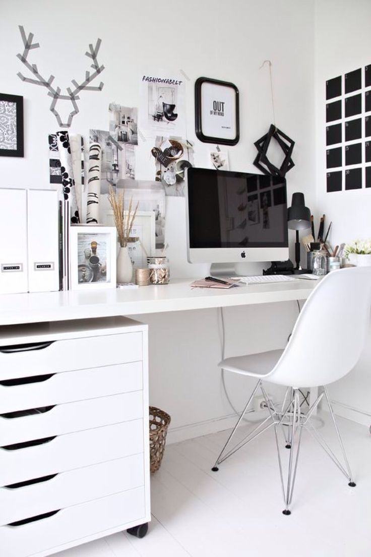 minimal office. Simple And Bright Minimal Office Decor E