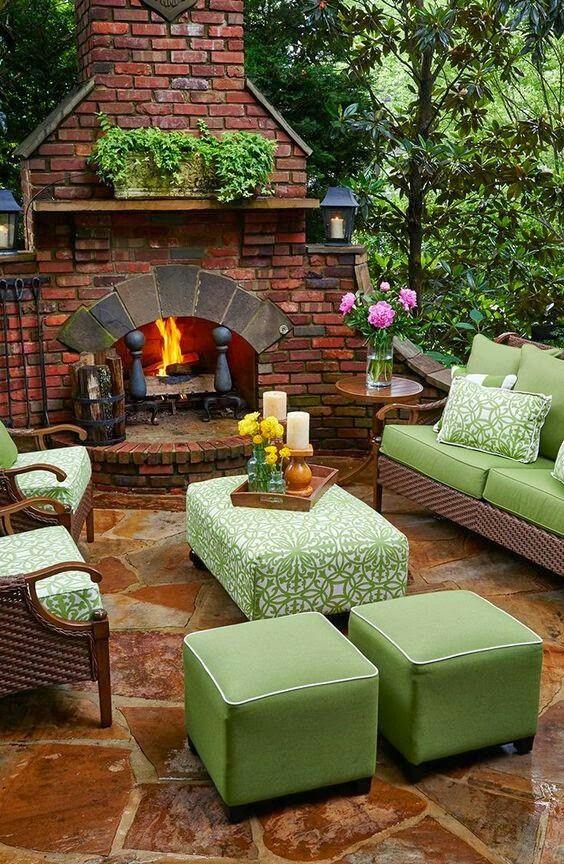 Pin de rebe en decoracion decoracion casas de campo for Jardineria al aire libre casa pendiente