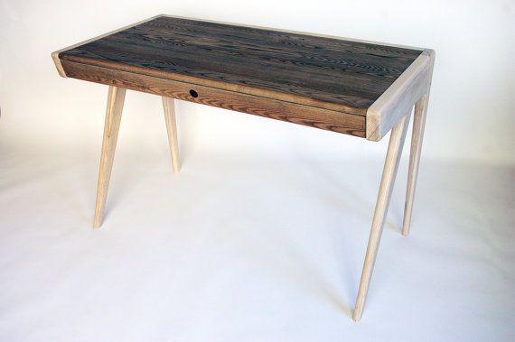 Custom order mobilier bois massif massif et rail