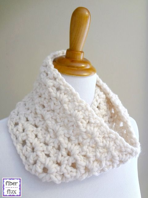 The Meringue Cowl is a sweet and simple cowl that works up lightning ...