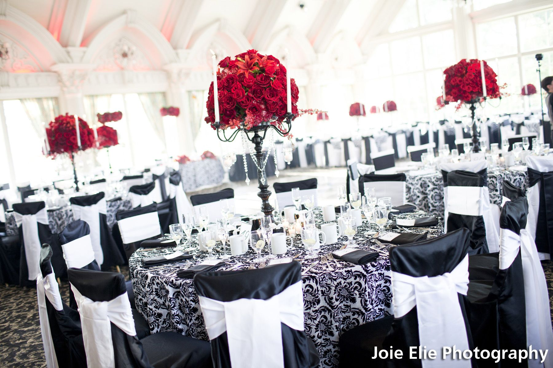 Black, white, and red table setting | Wedding | Pinterest | Red ...