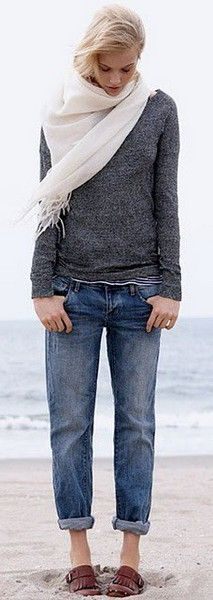 channel your inner saturday and dress for a cozy beach stroll with slouchy DENIM and a fisherman's sweater!