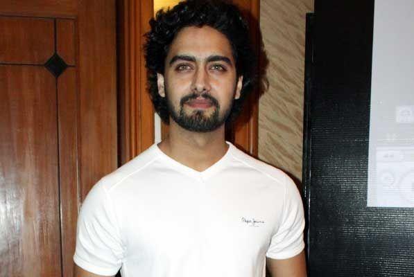 Amit Bhatt Height