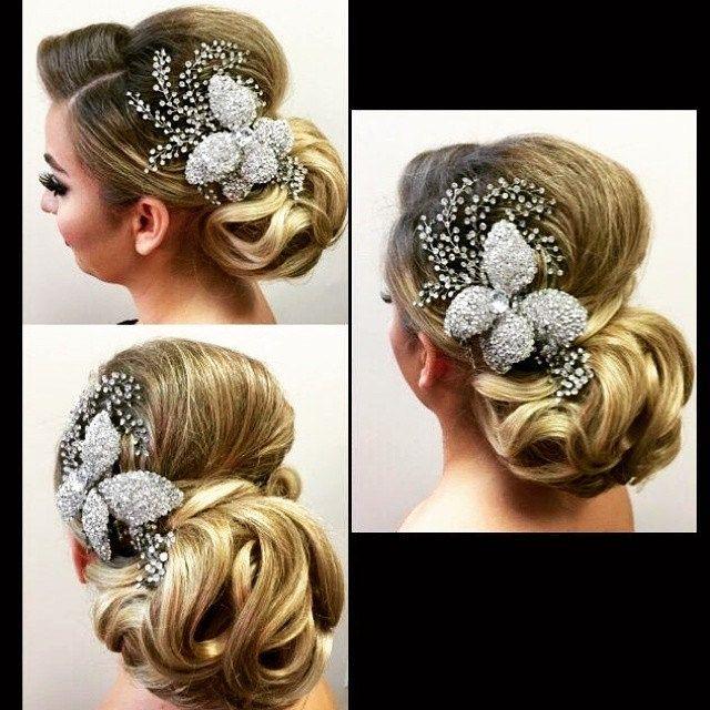 https://flic.kr/p/rphmwJ | Striking #crystalflower #bridalcomb tucked into an elegant, classic up do.  #Headpiece by @BridalStylesBoutique #Bridalhair by @sallonsuzana   #bridalbling #bridalinspiration #bride #instabride #bridalheadpieces #bridalaccessories #bridetobe  #BridalStyle