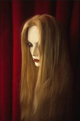 Dolores Marat