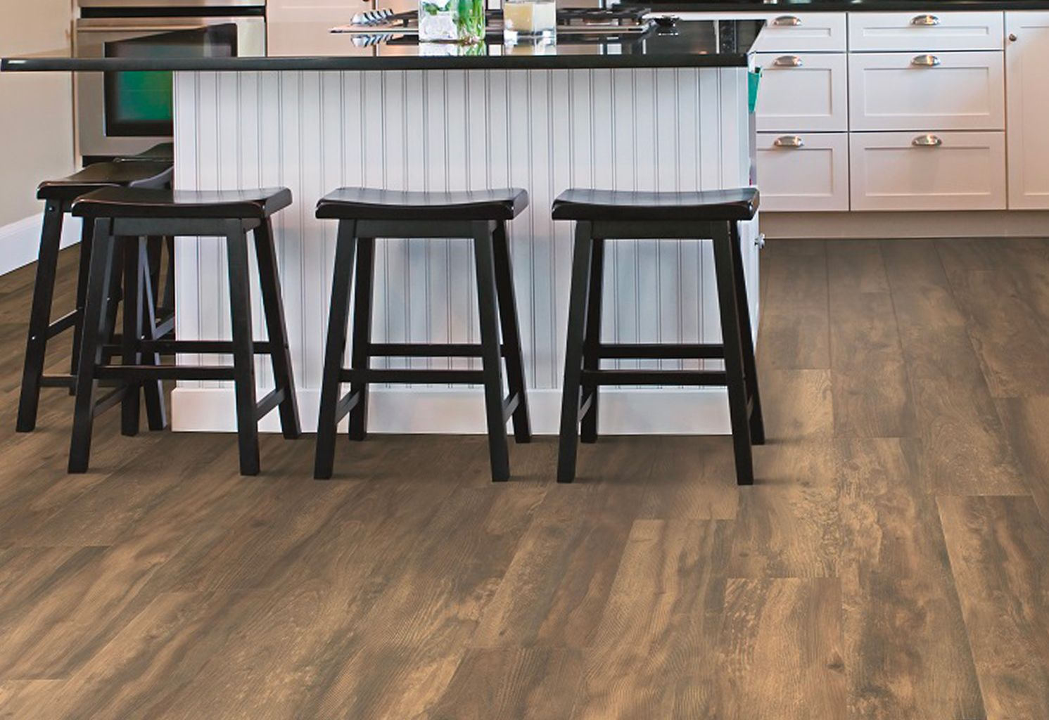 Pergo Outlast Balcony Brown Wood Is A Uniquely Designed Distressed Wood Look The High Color Variation In The Copper Pergo Outlast Brown Wood Pergo Flooring
