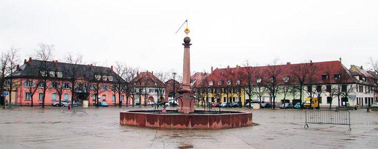 Neuf Brisach, lugar Patrimonio Mundial de la UNESCO por su importancia en la arquitectura militar del siglo XVII: http://www.guiarte.com/neuf-brisach/