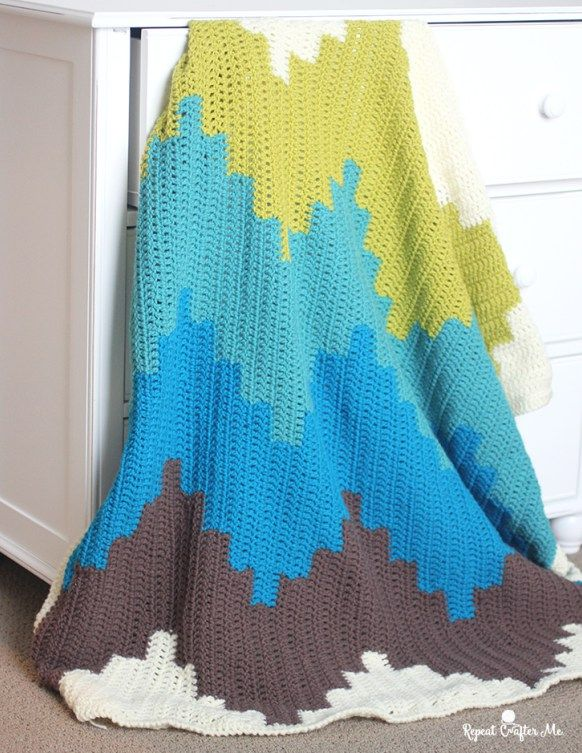 Chevron Cuddles Blanket from Quick Crochet for the Home - a review ...