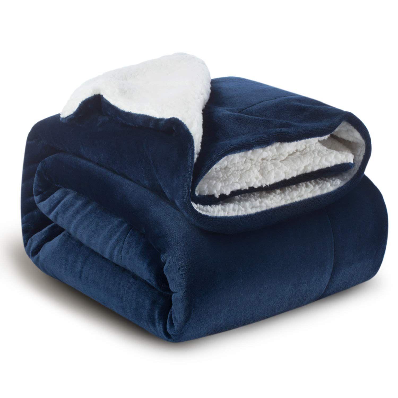 Fleece Blanket Blue In 2020 Microfiber Blanket Soft Blankets Blue Throw Blanket