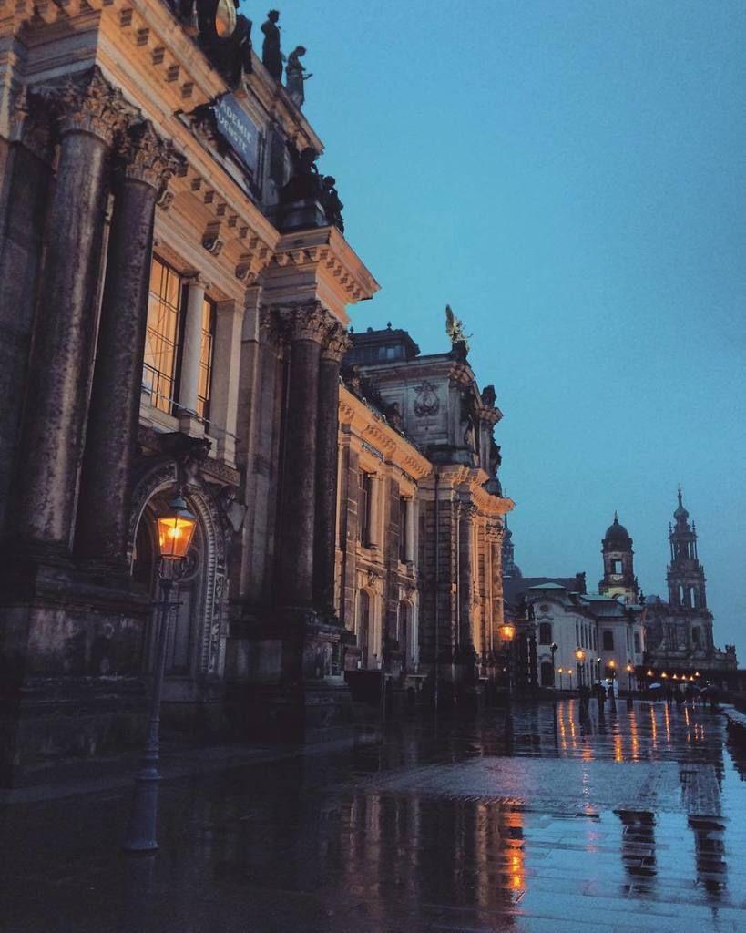 """instaDresden on Twitter: """"#Dresden #germany by larisa_4ernova https://t.co/Cv7IJTVFFV https://t.co/3mzUk1wkrX"""""""