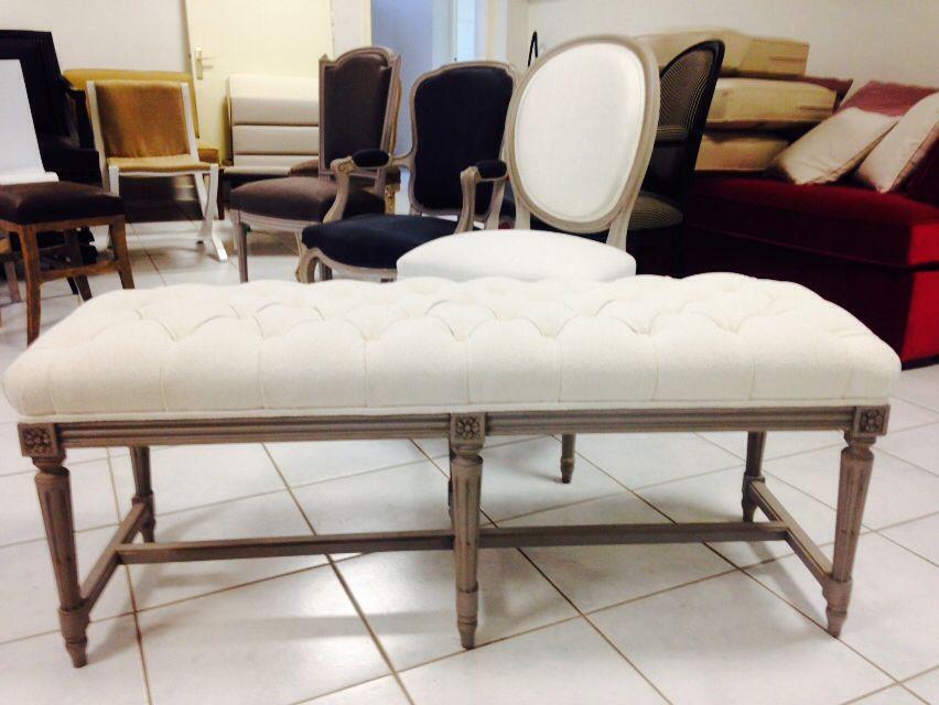 banquette bout lit louis xvi capitonn e. Black Bedroom Furniture Sets. Home Design Ideas