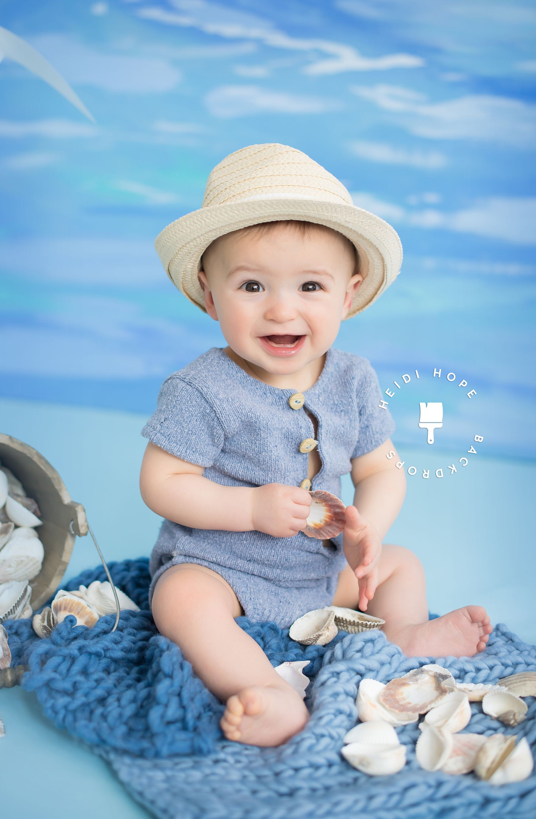A summertime beach themed baby portrait session! Love this look ...