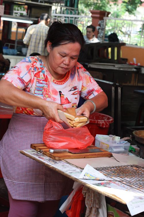Peanut Pancake at Imbi market (step by step photo recipe)
