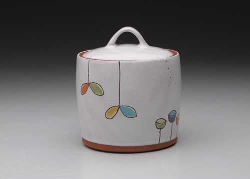 Less Is More Using Simple Pottery Forms As A Canvas For Playful Underglaze And Majolica Decoration Ceramic Arts Network Pottery Form Ceramic Arts Daily Pottery Making Illustrated